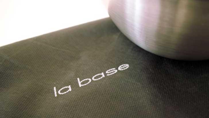 【ラバーゼ】アイデアと日本の先端ステンレス加工技術が融合したパーフェクトなステンレスボウル