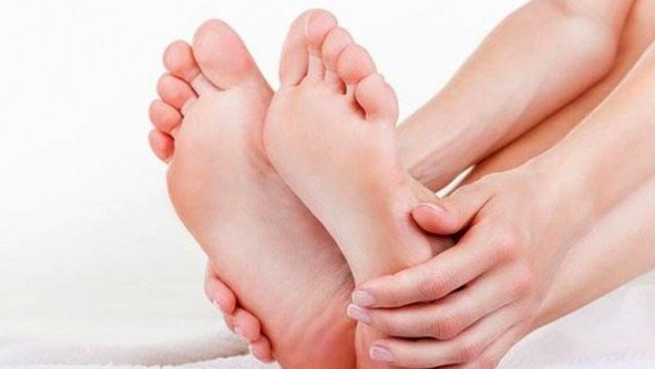 歩行能力低下と関節痛の原因~足指を鍛えて健康に