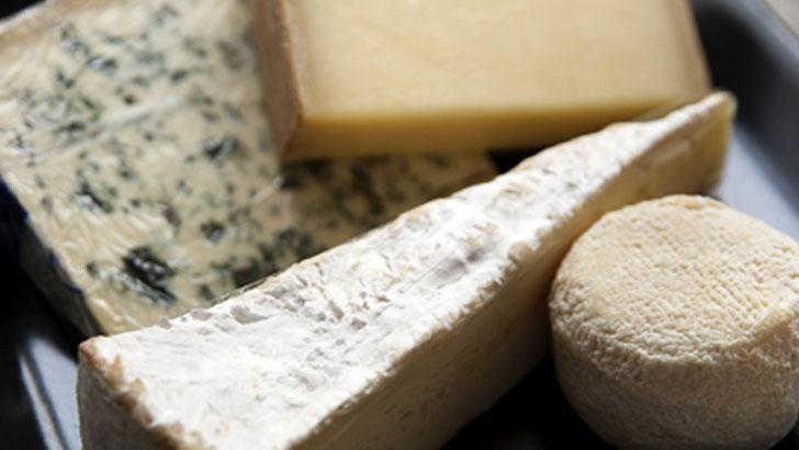 AOCとは?フランスの一流品「AOCチーズ」をまとめて味わう