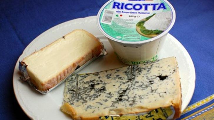チーズ王国イタリアの輸入チーズ専門店フェルミエのチーズを試してみた。