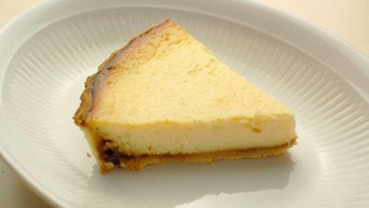 【パティスリーヒロアキ】まるでプリンのよう。甘苦さが絶妙なキャラメルチーズケーキ