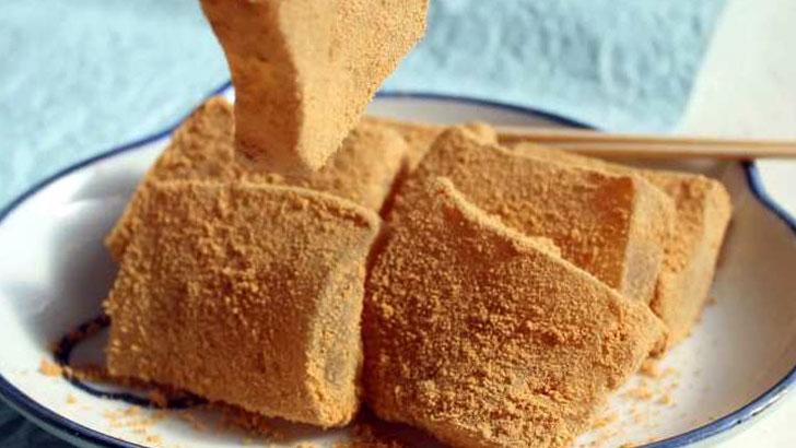 本物のわらび餅を食べたことがありますか?お手頃なわらび餅には一切わらび粉は使われていないという事実が!