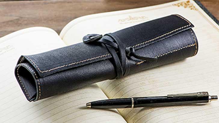 haCoBee(ハコビ―)本革ロールペンケースでお気に入りのペンを持ち歩く楽しさ