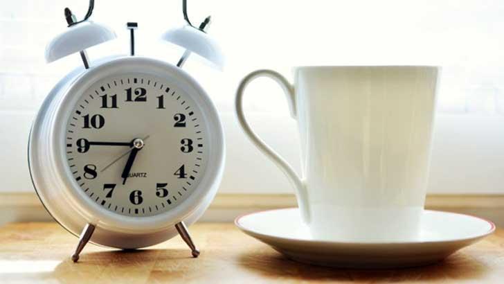 朝ヨガ、朝趣味、朝読書・・・今より豊かになる「朝活」の効果