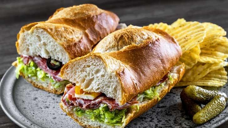 市販のバゲットを活用して「イタリアンサンドイッチ」をつくってみましょう!