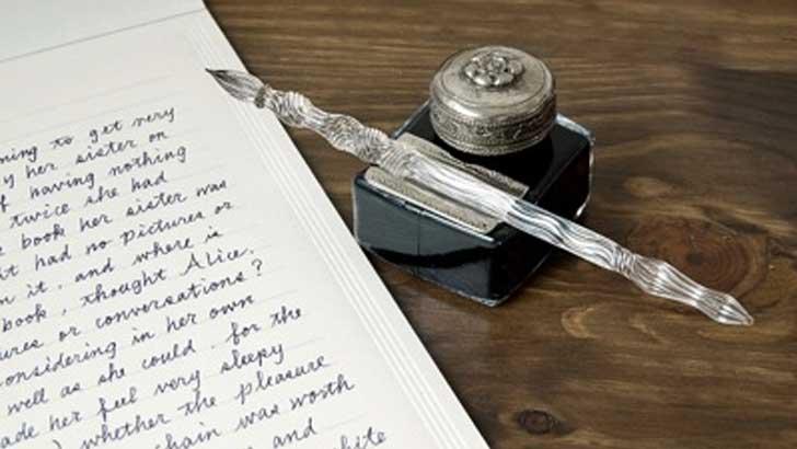 見た目麗しく書き心地抜群~職人の技が光るカネモオリジナルのガラスペン