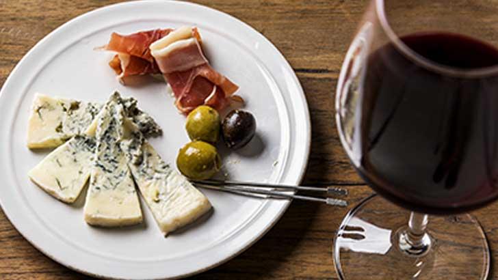 個性たっぷり!おいしいナチュラルチーズの楽しみ方