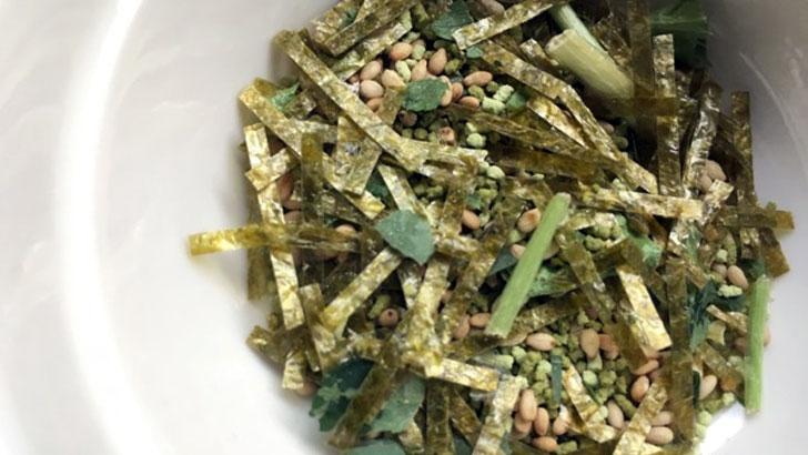 海鮮本格茶漬け:阿藻珍味(あもちんみ)の薬味